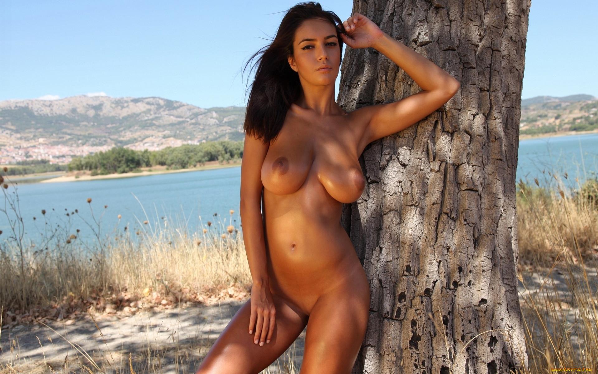 Nude nicaragua